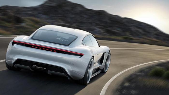 Porsche-MissionE-Arrière