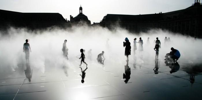 Bordeaux, sur le miroir d'eau (© Béranger Zyla)