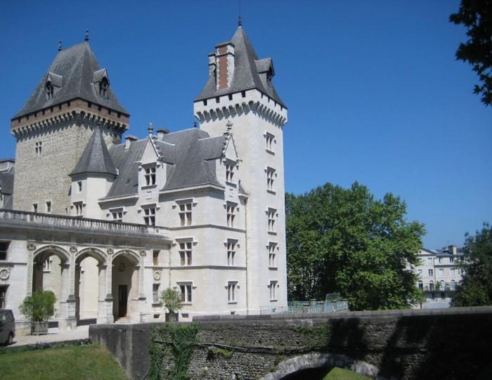 Pau_Chateau-HenriIV