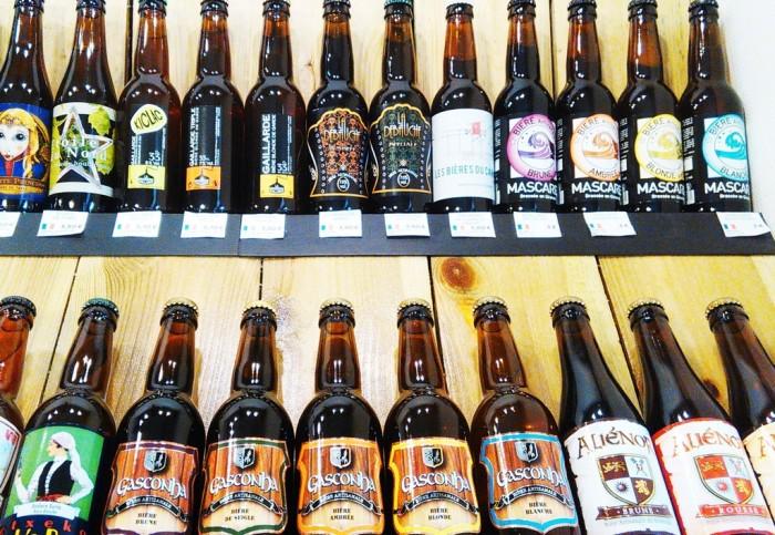 Le coin des bières locales chez Malt & Co (© Yannick Revel)
