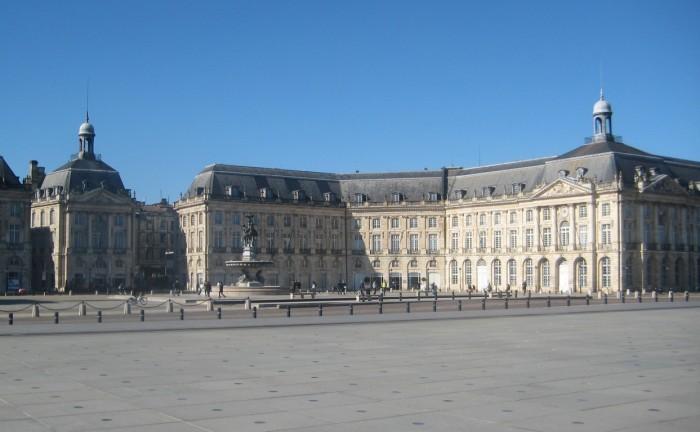 Place de la Bourse (© Yannick Revel)