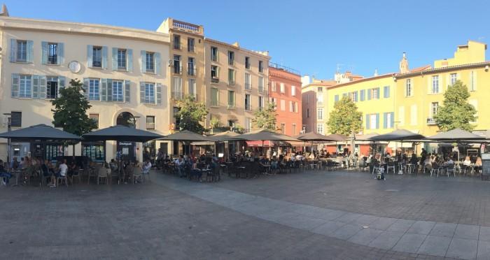 Perpignan_Place-République